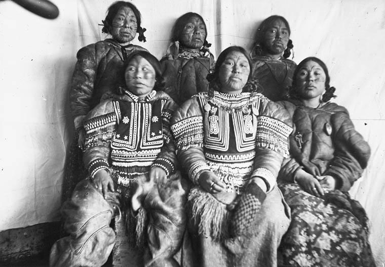 tatoverte inuitkvinner